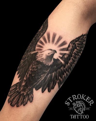 kan1607-eagle-sun
